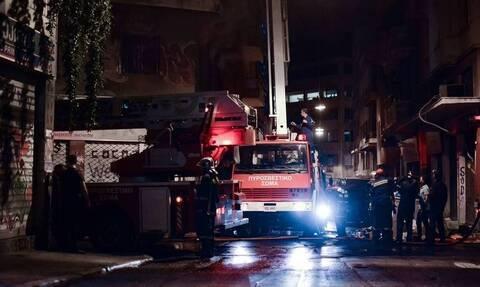 Φωτιά ΤΩΡΑ σε διαμέρισμα στο κέντρο της Αθήνας