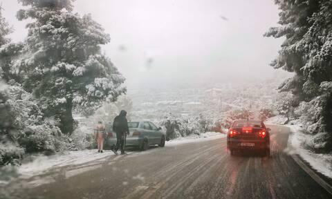 Κακοκαιρία «Μήδεια»: Τσουχτερό κρύο και χιονοπτώσεις - Δείτε Live την πορεία της