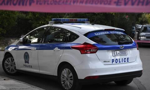 Τραγωδία στην Κρήτη: Βρέθηκε νεκρή στις σκάλες του σπιτιού της - Η αστυνομία ερευνά τα αίτια