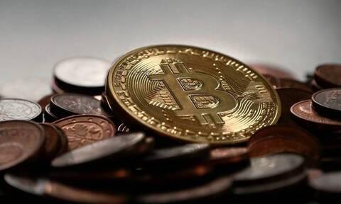 Στα 51.112 δολάρια ανήλθε το bitcoin