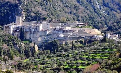 Συναγερμός στο Άγιο Όρος: Αγνοείται μοναχός – Σε εξέλιξη επιχείρηση της Πυροσβεστικής