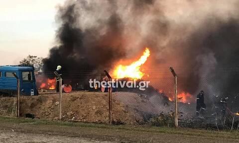 Θεσσαλονίκη: Συναγερμός στην Πυροσβεστική για φωτιά σε αποθήκη με ανταλλακτικά