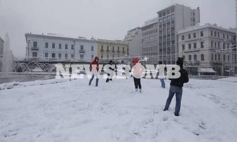 Καιρός: Χιόνια μέχρι το βράδυ «βλέπει» ο Αρνιακός για Αττική - Πού θα χτυπήσει η κακοκαιρία «Μήδεια»