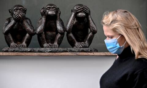 Κορονοϊός: Πώς η υγρασία από τις μάσκες μπορεί να επηρεάσει τη σοβαρότητα της λοίμωξης
