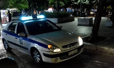 Μπογιές στα γραφεία της ελληνοαμερικανικής ένωσης στο Κολωνάκι (vid)