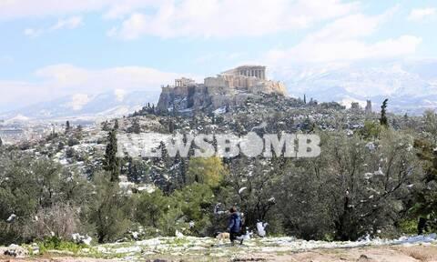 Κακοκαιρία Μήδεια: Οδοιπορικό στο κέντρο της Αθήνας - Η επόμενη μέρα μετά τις χιονοπτώσεις (pics)
