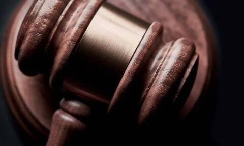 Πιο δύσκολη η ανακοπή αποφάσεων για πλειστηριασμούς – Τί προβλέπει τροπολογία