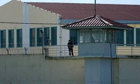 Τρίκαλα: Κρατούμενος είχε κρύψει ηρωίνη και κάνναβη - Δείτε που είχε βάλει τα ναρκωτικά