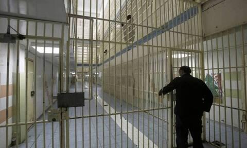 Υπάλληλος έβαζε κινητά στις φυλακές Νιγρίτας - «Μεροκάματο» 900 ευρώ