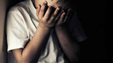Νέα μήνυση σε βάρος γνωστού σκηνοθέτη για βιασμό 14χρονου - Μηνυτήρια αναφορά και από τη Μενδώνη