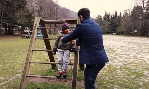 Συνεπιμέλεια: «Δυνατά Συναισθήματα» - Το Ιταλικό τραγούδι αφιερωμένο στους μπαμπάδες