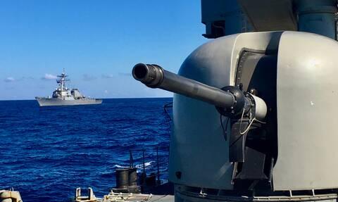 Πολεμικό Ναυτικό: Εντυπωσιακές εικόνες - Κοινή άσκηση με αντιτορπιλικό των ΗΠΑ στην Κρήτη
