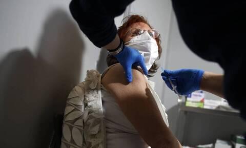 Βεβαίωση εμβολιασμού: 40.000 πιστοποιητικά σε λίγες ώρες - Τι χρειάζονται οι πολίτες για την έκδοση