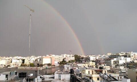 Κρήτη: Εντυπωσιακό διπλό ουράνιο τόξο πάνω από το Ηράκλειο (pics)