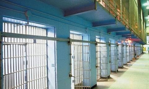 Συναγερμός στην Πάτρα: Έφτασαν τις 100 οι νοσηλείες για κορονοϊό - Ανησυχία για φυλακές και ιδρύματα