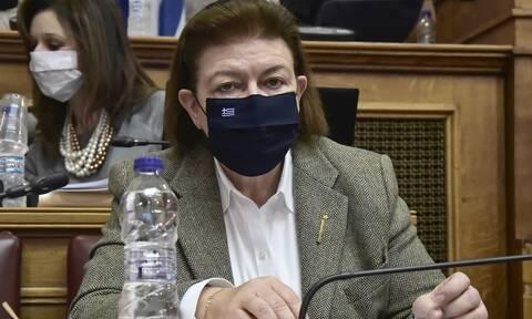 Κυβέρνηση για Λίνα Μενδώνη: Ατυχής ο χαρακτηρισμός για τον Λιγνάδη, δεν συνιστά λόγο αποπομπής