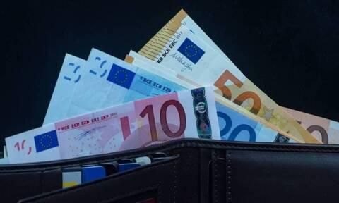 Η κυβέρνηση αναμένει 3,571 δισ. ευρώ περισσότερους φόρους το 2021