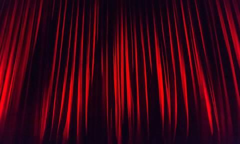 Καταγγελία για σεξουαλική παρενόχληση σε καμαρίνια από ηθοποιό με υψηλή θέση «σαν του Λιγνάδη»