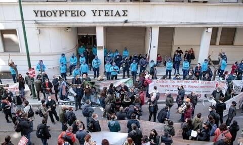 Κορονοϊός: Ρέτζιου - Αφόρητη η κατάσταση στα νοσοκομεία για ασθενείς και υγειονομικό προσωπικό