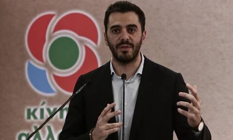 Ερώτηση Γραμματείας ΚΙΝΑΛ για τον περιφερειάρχη Νοτίου Αιγαίου που φέρεται να εμβολιάστηκε στη Χάλκη