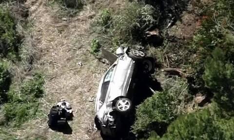 Τάιγκερ Γουντς: Σοκάρουν οι εικόνες από το ατύχημα (videos+photos)
