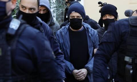 Δημήτρης Λιγνάδης: Στον Ανακριτή ο σκηνοθέτης για να ζητήσει προθεσμία - Δεν είπε κουβέντα