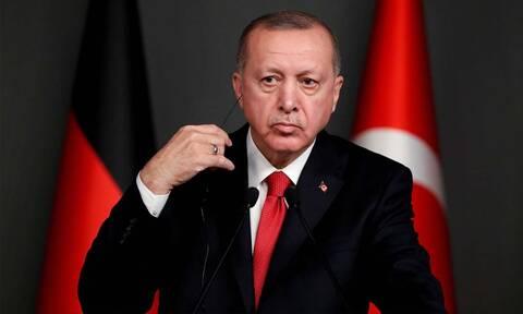 Ερντογάν: Εκτέλεσε το πιο «μαϊμού» πέναλτι - «Εξαφανίστηκε» ο τερματοφύλακας (vid)