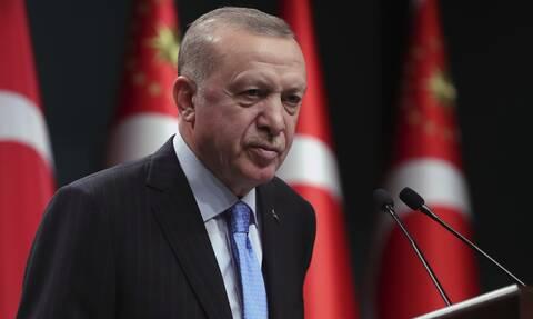 Προκαλεί ο Ερντογάν: Στη Σμύρνη γνωρίζουν καλά τι σημαίνει ομαδικές σφαγές