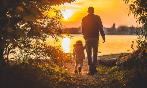 Συνεπιμέλεια: Γονική μέριμνα από κοινού από τους δύο γονείς - Τα 5 κομβικά σημεία του νομοσχεδίου