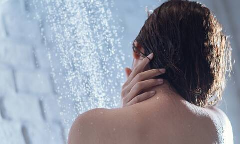 Ο σημαντικός λόγος για τον οποίο πρέπει να κάνεις μπάνιο αμέσως μετά τη γυμναστική