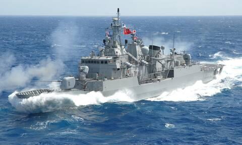 Στα ύψη η τουρκική προπαγάνδα: «Η Ελλάδα θέλει πόλεμο» – Παραλήρημα Τούρκου ναυάρχου