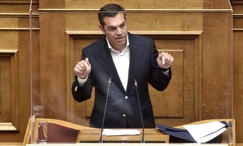 Με «σφυροκόπημα» Μητσοτάκη σχεδιασμένη η τακτική Τσίπρα για τη σημερινή συζήτηση στη Βουλή