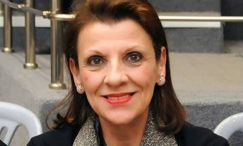Μαρία Κανελλοπούλου: Έχω παίξει με την Κάτια Δανδουλάκη και της έχω... κλείσει το θέατρο