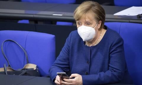 Μέρκελ: Συμφωνήσαμε για την ανάγκη ύπαρξης των πιστοποιητικών εμβολιασμού