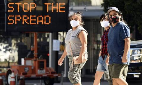 Κορονοϊός: Μεγάλη ανησυχία των ειδικών - 11 φορές πιο θανατηφόρα η μετάλλαξη της Καλιφόρνια