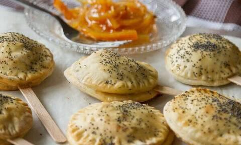 Ρολάκια με γέμιση πορτοκάλι και τυρί κρέμα