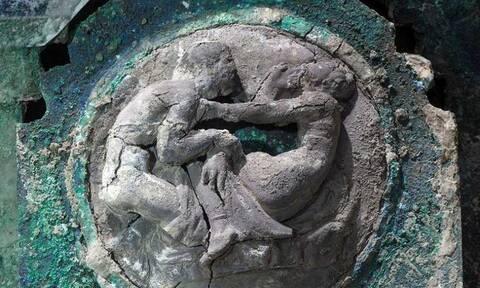 Ιταλία - Εκπληκτική ανακάλυψη στην Πομπηία: Βρέθηκε ένα τέλεια διατηρημένο ρωμαίκό άρμα