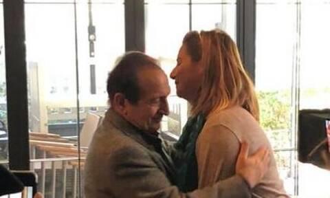 Σοφία Μπεκατώρου - Σπύρος Μπιμπίλας: Η τρυφερή αγκαλιά μετά τη δικαίωση