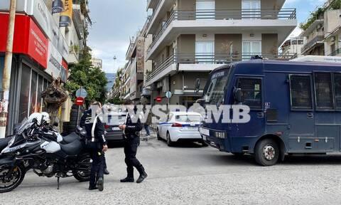 Επίθεση με μολότοφ στο αστυνομικό τμήμα της Καισαριανής