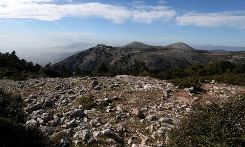 Πάρνηθα: Ολοκληρώθηκε η προσπάθεια ανάσυρσης του νεκρού ορειβάτη
