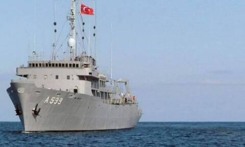 Κλιμακώνουν και πάλι την ένταση οι Τούρκοι - Επέστρεψε στο Αιγαίο το Τσεσμέ
