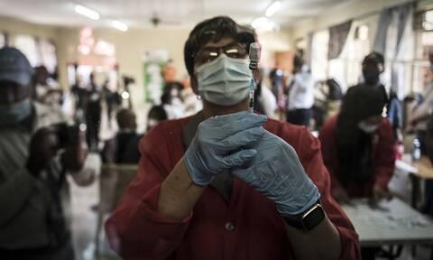 Πελώνη στο Newsbomb.gr για το εμβόλιο της Johnson & Johnson: Ισως και τον Απρίλιο στην Ελλάδα