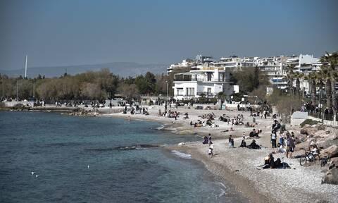Καιρός: Τι κι αν χιόνισε στην Αθήνα; Ζεστός ο φετινός χειμώνας – Ποιος ήταν ο θερμότερος μήνας