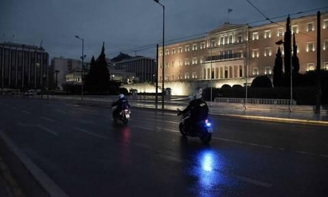 Κρούσματα σήμερα: Σταθερά προβληματική η Αττική με 553 νέα - Ανησυχία για τα 111 στη Θεσσαλονίκη