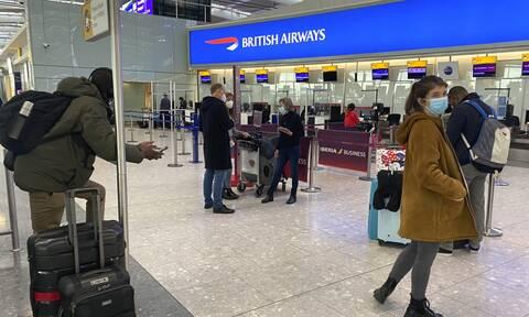 Βρετανία - Κορονοϊός: Αβέβαιο αν οι Βρετανοί θα μπορέσουν να ταξιδέψουν στο εξωτερικό για διακοπές