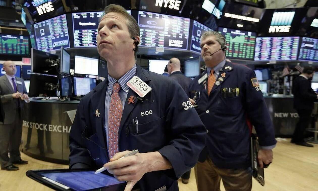 Ισχυρή άνοδος στη Wall Street - Πτώση για το πετρέλαιο