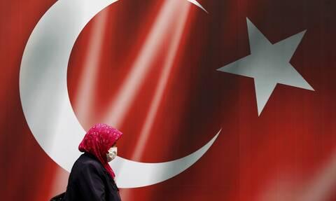 Η Τουρκία τυπώνει φρέσκο χρήμα - Συσσωρευμένα χρέη στα κράτη-μέλη της ευρωζώνης