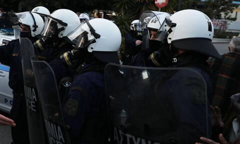 Βίντεο από την καταδρομική επίθεση στο Δημαρχείο Μοσχάτου