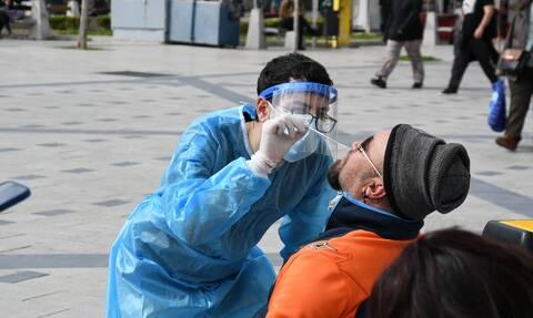 Κορονοϊός - Κουτσούκου: Πλέον ο ιός μπήκε μέσα στα σπίτια, «χτυπά» οικογένειες