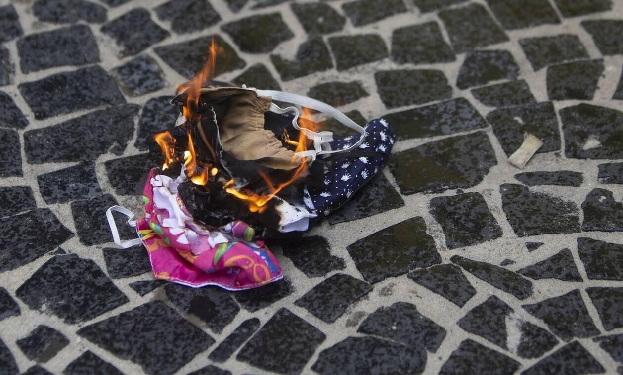 ΗΠΑ: Τέλος η υποχρεωτική χρήση μάσκας στο Τέξας - Η οικονομία ανοίγει στο 100%